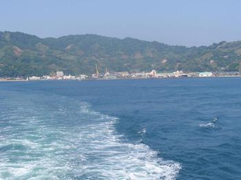 P5220426フェリーから中島遠望.JPG